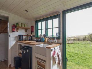 Peat Gate Shepherd's Hut - 936738 - photo 4