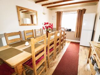 Bron-Y-Bryn Lodge - 937048 - photo 4