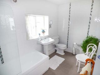 Mill Brow Apartment - 939706 - photo 9