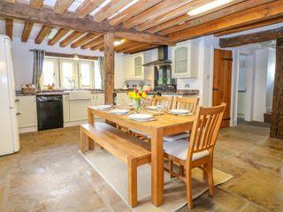 Woodthorpe Cruck Cottage - 945165 - photo 6