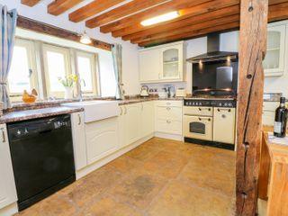 Woodthorpe Cruck Cottage - 945165 - photo 8