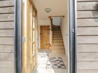 The Boathouse Cottage - 949617 - photo 4