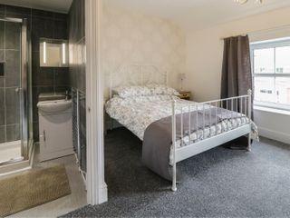 Rivington Apartment - 950999 - photo 8