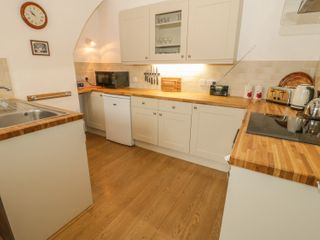 Flat 2 - 9 Rhiw Bank Terrace - 951157 - photo 3