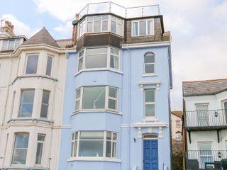 Seaview Apartment photo 1
