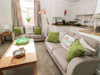 Manor Heath Apartment 1 - 958912 - photo 10