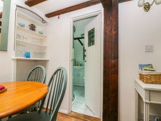 Swanfield Cottage - 960930 - photo 7