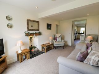 Dyffryn Farmhouse - 961352 - photo 3