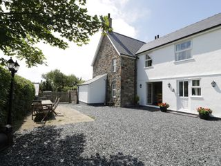 Dyffryn Farmhouse - 961352 - photo 2