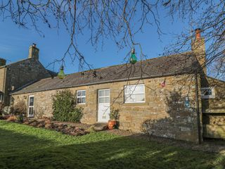 Petty Knowes Cottage photo 1
