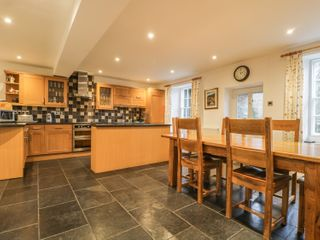 Coombe Cottage - 972286 - photo 10