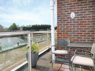 15 The Boathouse - 973786 - photo 4
