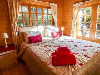 St Hilda's Lodge - 976646 - photo 10