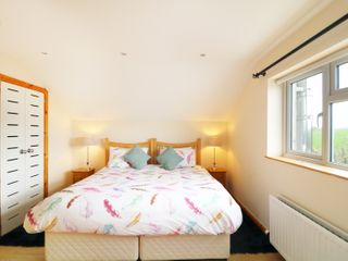 The Hayloft at Bay Cottage - 978013 - photo 6
