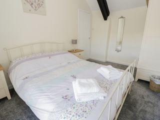 5 Ceirnioge Cottages - 980229 - photo 8