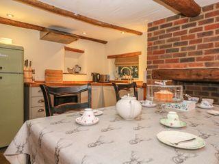 Bunty Cottage - 981113 - photo 9