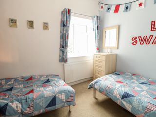 Swanage Bay Apartment - 982712 - photo 10