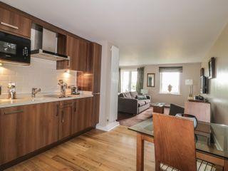 Apartment 8 - 982904 - photo 3