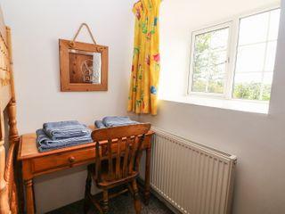 Ty'n Y Muriau Cottage - 983185 - photo 10