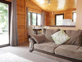 Oak Lodge - 983740 - photo 4