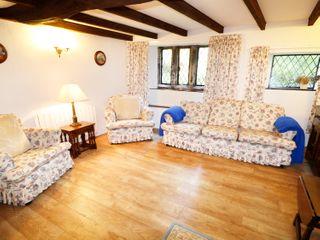 Laburnham Cottage - 983792 - photo 3