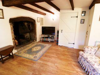 Laburnham Cottage - 983792 - photo 4