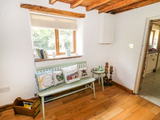 Yew Tree Cottage - 985110 - photo 10