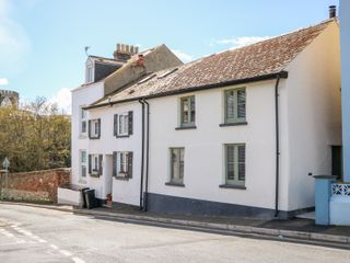 31 Exeter Street - 991837 - photo 2