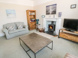 Ground Floor Flat at Wylfa - 993461 - photo 3