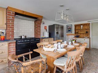 Forge Cottage - 994203 - photo 7