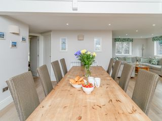 Keepers Lodge, Hillfield Village - 995541 - photo 5