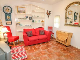 Pear Tree Cottage - 996285 - photo 3