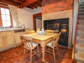Slade Cottage - 998681 - photo 10