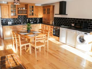 Ballymote Central Apartment - 999023 - photo 4