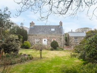 Ann Perrots Cottage - 999228 - photo 8