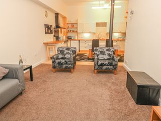 Litton Mill Apartment - 999638 - photo 4