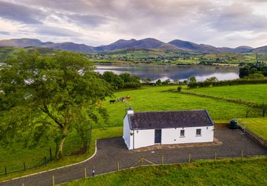 Lough Island Reavy Cottage - 1011860 - photo 1