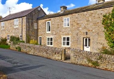 Hookstone House - 28828 - photo 1