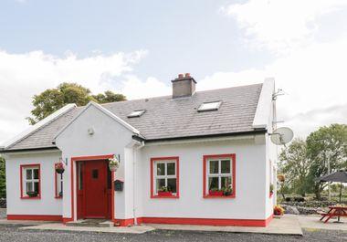 Lough Mask Road Fishing Cottage - 962060 - photo 1