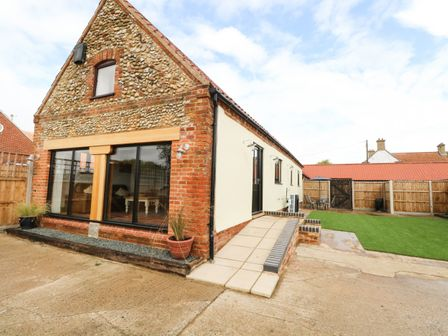 Holiday Cottages In Norfolk Self Catering Holidays Sykes Cottages