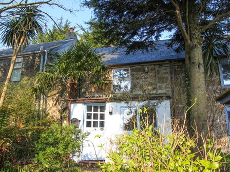 Incredible Cornwall Holiday Cottages Rent Self Catering Cottages In Beutiful Home Inspiration Xortanetmahrainfo