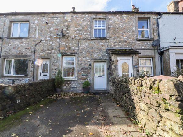 Hellifield Cottage photo 1