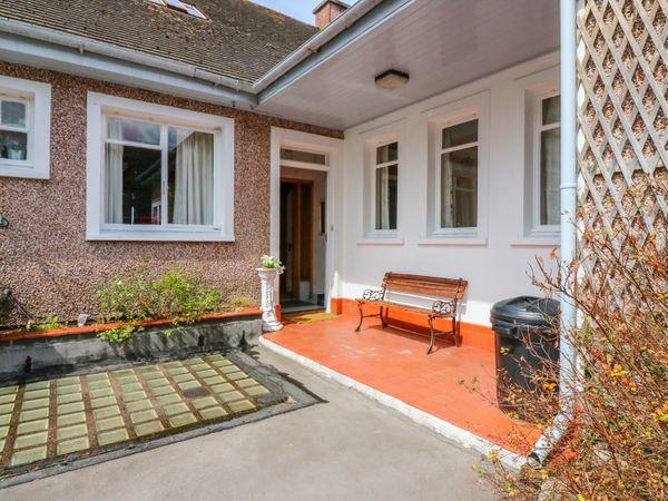 Bay View Apartment photo 1