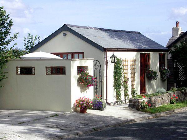 Palmers Lodge photo 1