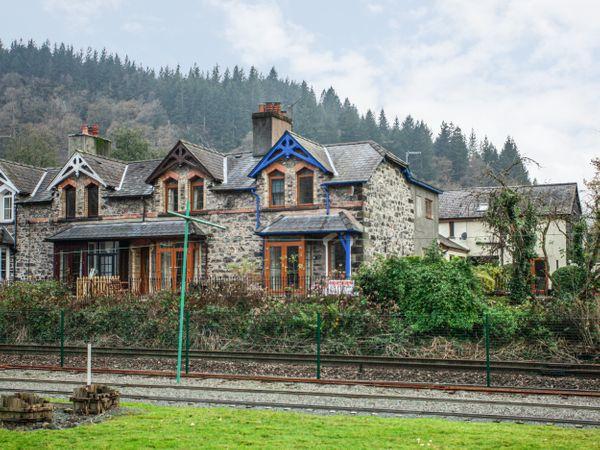No 1 Railway Cottages photo 1