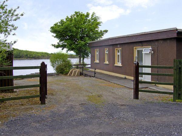 Lough Mask Road Fishing Lodge in Ballinrobe - sil0.co.uk