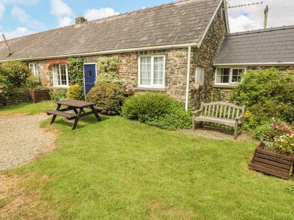 Eynons Cottage photo 1