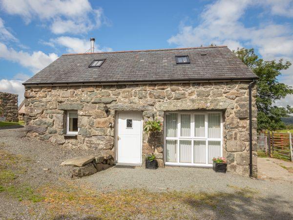 Hendre Cottage photo 1