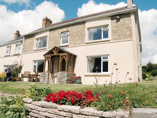 The Farmhouse - South Wales - 958354 - photo 1