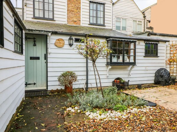 Swanfield Cottage - Kent & Sussex - 960930 - photo 1